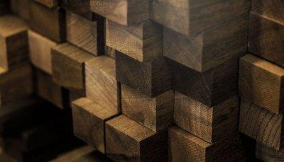 Schuster: referência em móvel de madeira no Brasil